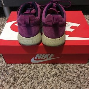 Nike Shoes - Woman's Nike Suede Roches